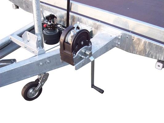 Torreta con cabrestante 1600kg. Plataformas TOPLINE 620/622/630/632