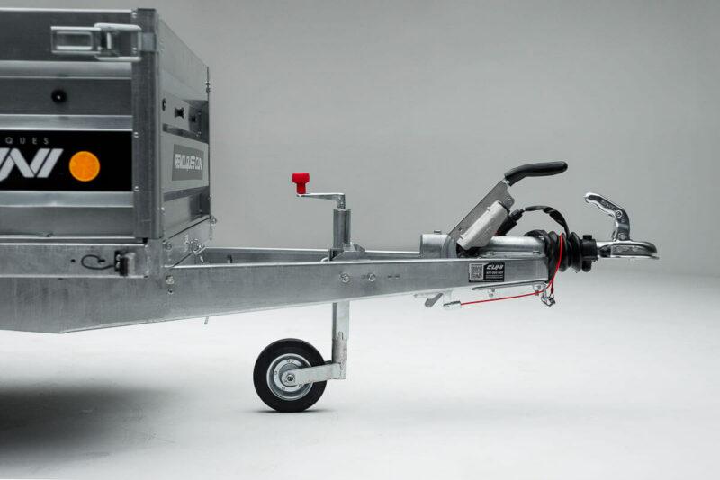 Remolque de carga Cuni 240 con Freno 14