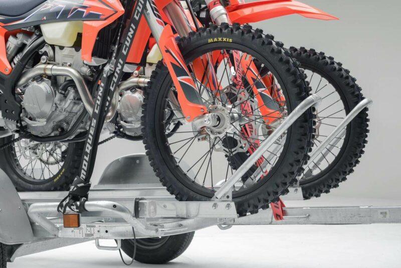 Remolque para dos motos grandes GALLARDO 2R 17