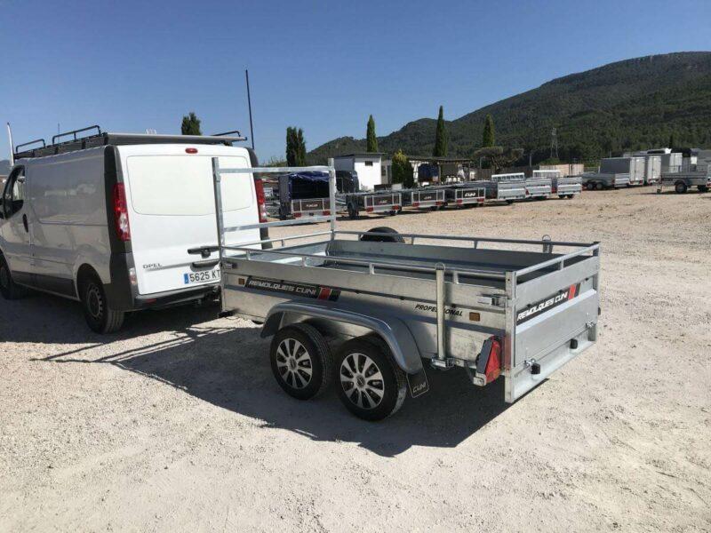Alquilar remolque de carga reforzada ROBUST R6 2