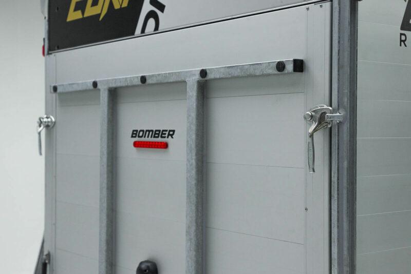 Remolque de fibra ONNE BOMBER 8