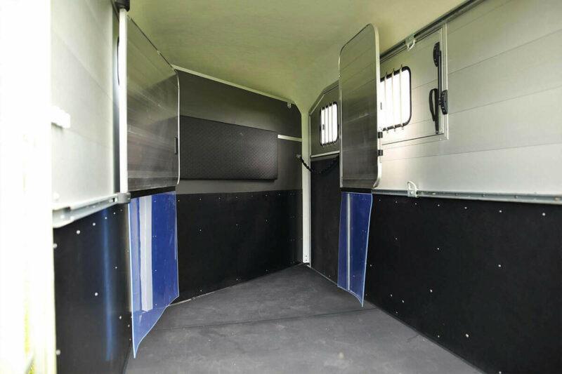 Remolque para 2 caballos Duomax Maxi 2 11