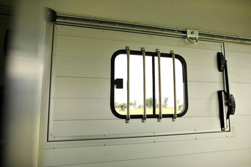 Remolque para 2 caballos Duomax Maxi 2 13