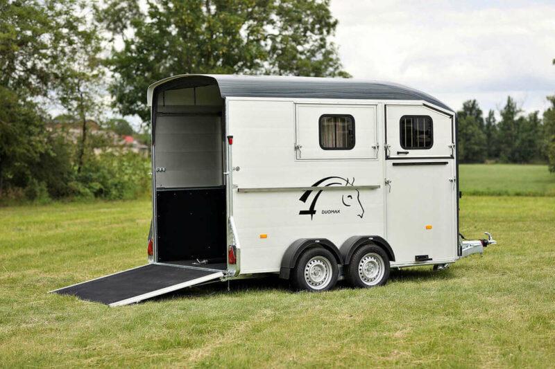 Remolque para 2 caballos Duomax Maxi 2 15