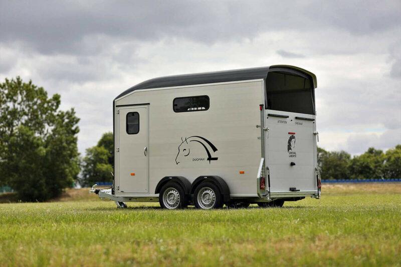 Remolque para 2 caballos Duomax Maxi 2 3