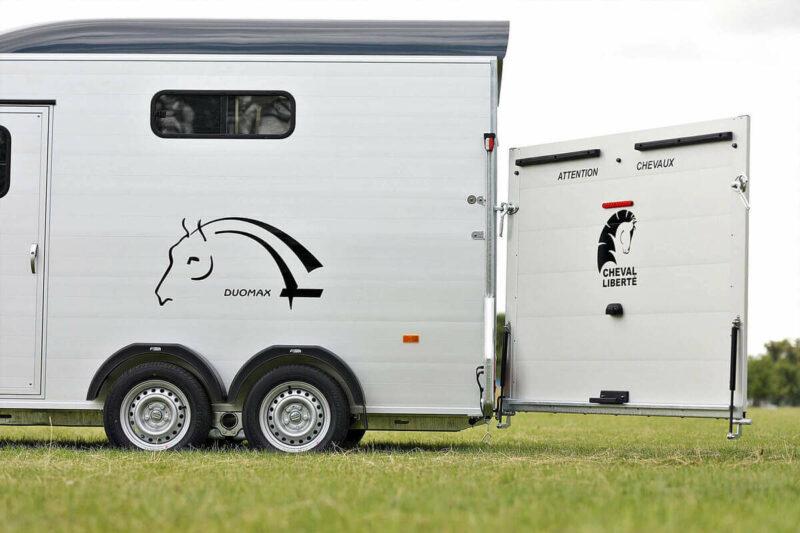 Remolque para 2 caballos Duomax Maxi 2 8