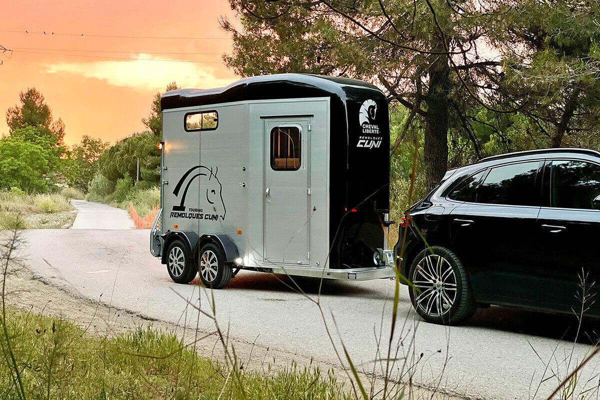 Remolque para 2 caballos Touring Country 2