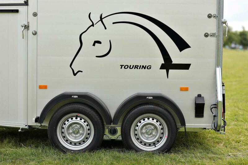 Remolque para 2 caballos Touring Country 9