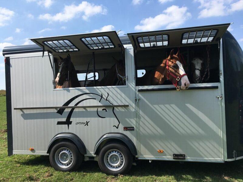 Remolque para 4 caballos Optimax 17