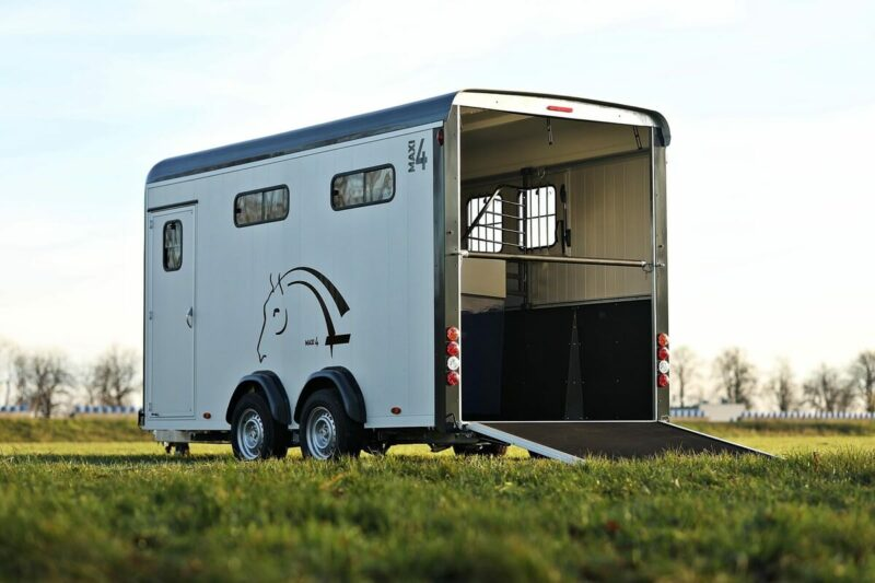 Remolque para 4 caballos Optimax 7
